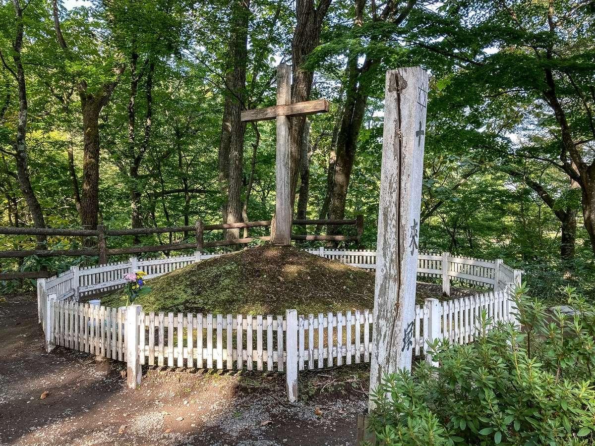 青森県新郷村 キリストの墓